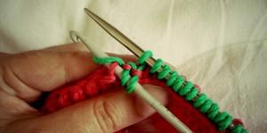 Riprendere le maglie da un vivagno a catenella