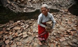 I designer di maglia italiani per il Nepal